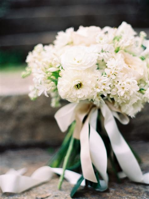 French Inspired Decor Wholesale Classic White Spring Garden Bouquet Once Wed
