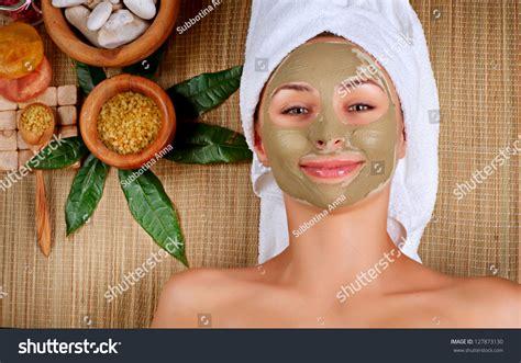 Masker Mud Mask Jafra spa mud mask in spa salon mask clay mask treatment stock photo 127873130