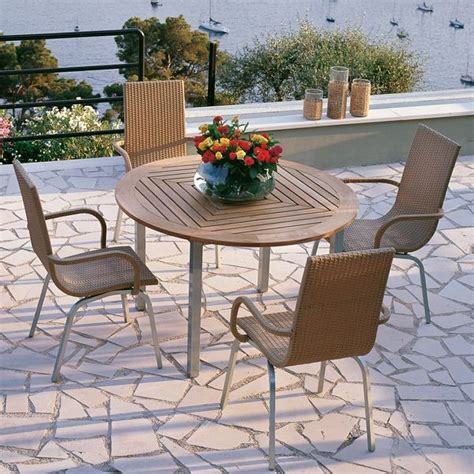 Patio Table Chairs Samba Outdoor Teak Dining Table And Chairs Outdoor Dining Sets Chicago By Home