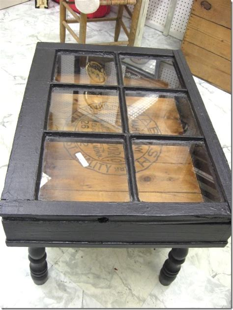 He Found A Pile Of Old Windows At The Dump What He Did Diy Window Coffee Table