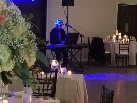 Dueling Pianos Wedding Reception Entertainment by Geneva Ridge Wedding Entertainment Felix And Fingers
