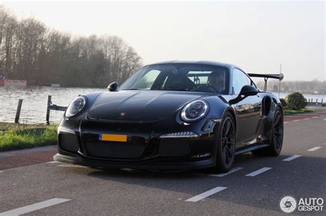 porsche gt3 rs matte black black porsche 911 gt3 rs looks rather serious