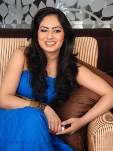 heroine photos please komaram puli heroine nikesha patel hq wallpapers photos