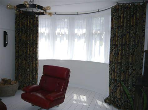 bay window curtain pole ceiling fix bradleys 25mm ceiling fix bay window curtain pole and