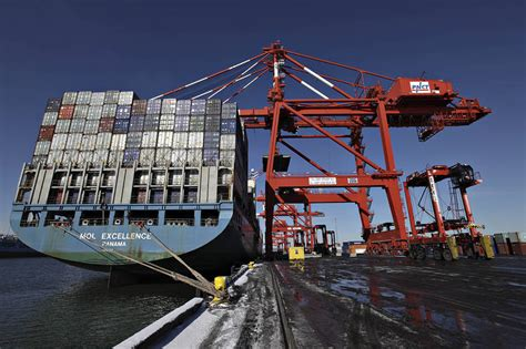 new york port port of new york and new jersey saw record container