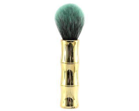 Bronzing Brush tool thursday benefit hoola bronzing contouring brush review hellojaa