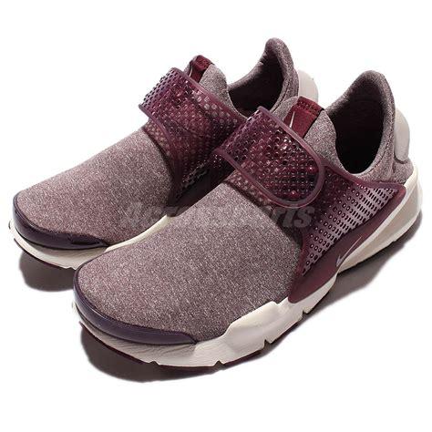 Nike Slip On Maroon wmns nike sock dart se maroon womens running shoes slip on 862412 600 ebay