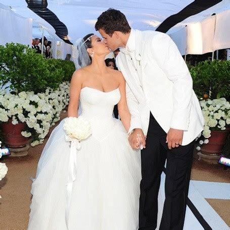 kim kardashian marriage kris humphries professional celebrity kim kardashian made 18 million off