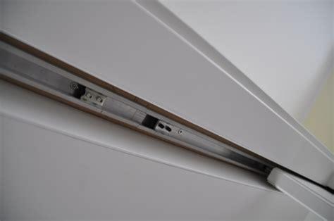 k 252 che schiebet 252 r wohnzimmer - Glasschiebetür In Der Wand Laufend
