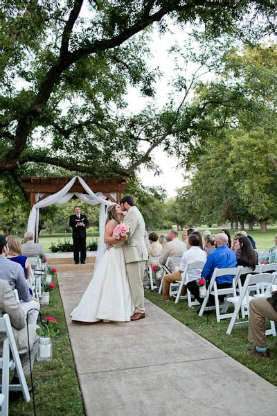 wedding in fort worth tx wedding ceremony at the orchard azle tx fort worth wedding photographer