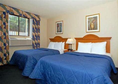 Comfort Inn Jamaica New York by Comfort Inn Jfk International Airport Jamaica Deals See