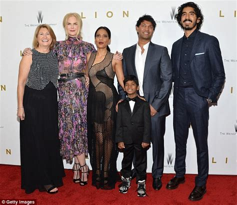 saroo brierley wife keith urban nuzzles wife nicole kidman s neck at new york