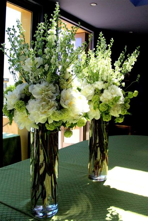 how to make tall flower arrangement in urn youtube tall flower arrangements for weddings the elegant tall