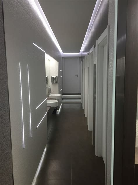 bagni ristorante progetto riqualificazione dei prospetti di un hotel e