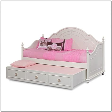 photo of white trundle daybed with girls white trundle