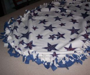 Directions For Fleece Tie Blanket by How To Make A Fleece Blanket Make A Tie 2 And 1 Quot