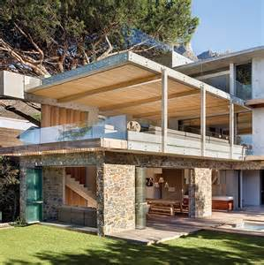 cool house insanely cool house engages nature on many levels modern