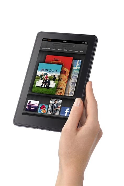 amazon kindle fire with kindle fire amazon looks to burn down apple s house