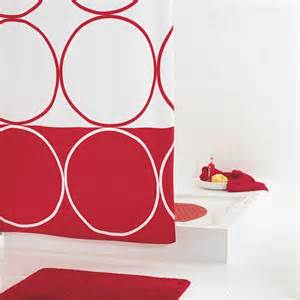 amazing How To Decorate A Yellow Bathroom #4: Red-and-white-shower-curtain-can-decorate-your-bathroom-Jd1124929-1.jpg