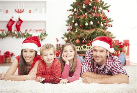 imagenes de navidad familia la importancia de compartir la navidad en familia
