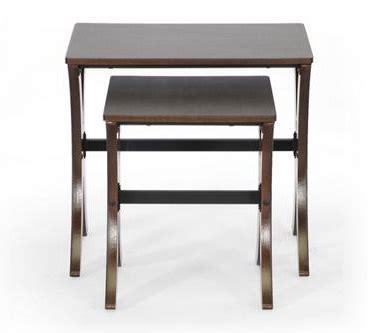 martha nesting table