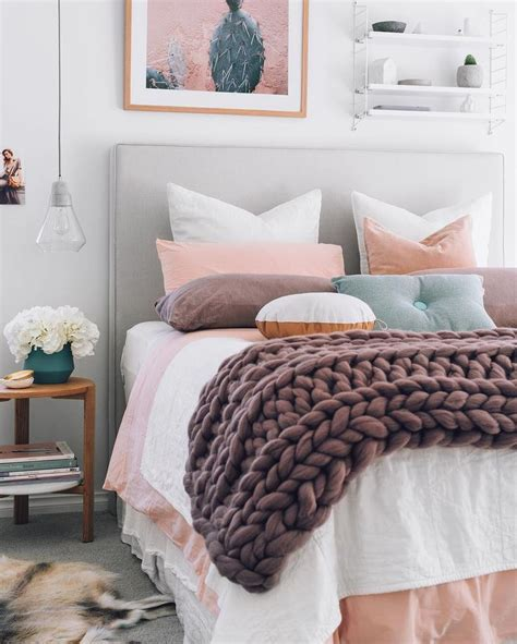 17 best ideas about peach bedroom on pinterest peach 17 best ideas about chunky knit throw on pinterest white