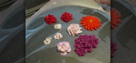How Make Cake Decorations by How To Air Flowers Made From Buttercream Frosting To