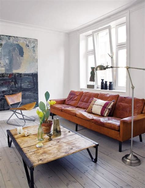tan leather couch decorating ideas leren bank interieur design by nicole fleur