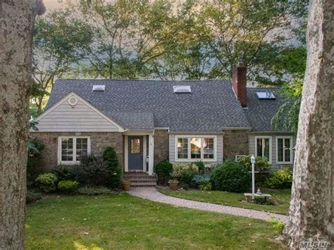 7 homes for sale in merrick ny merrick real