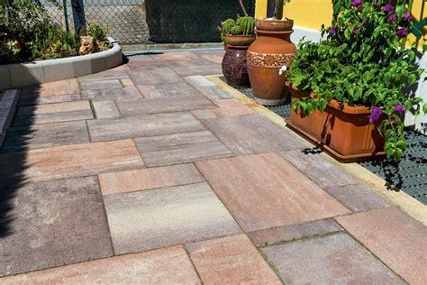 pavimenti per terrazzi esterni lastre per esterno pietra esterni con pavimenti e terrazzi
