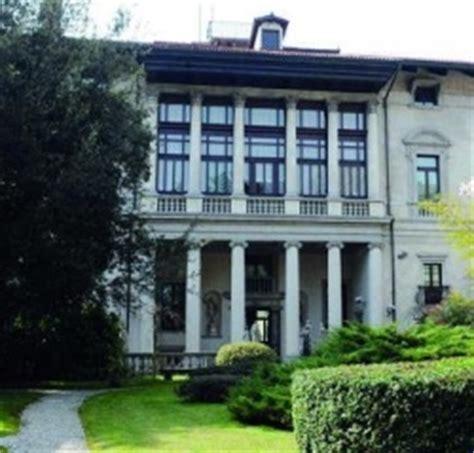 banca d italia udine palazzo antonini all asta si parte da 12 5 milioni