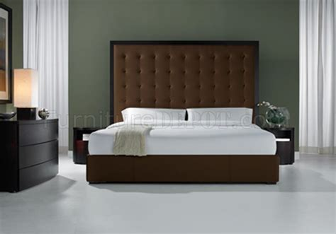 Oversized Headboard by Brown Leather Ludlow Bed With Tufted Oversized Headboard