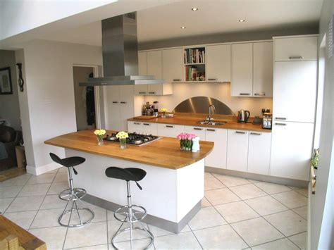 Kitchen Island Worktop White Kitchen With Oak Worktop Do You Think It Looks Better With The Flooring Kitchen