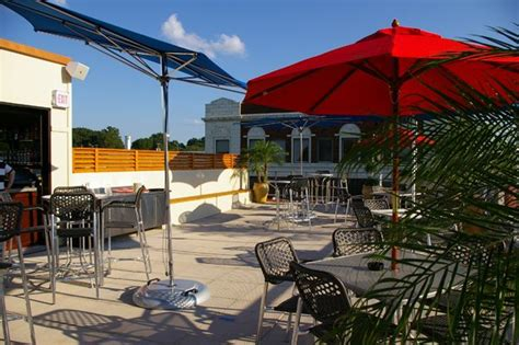 top bars in kansas city 10 restuarants with rooftop dining in missouri