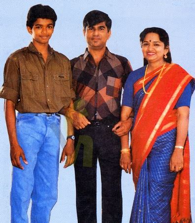 actor vijay family, childhood photos – ilayathalapathy
