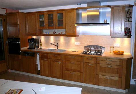 photo cuisine en bois cuisines portes bois cuisines boug 233 alain