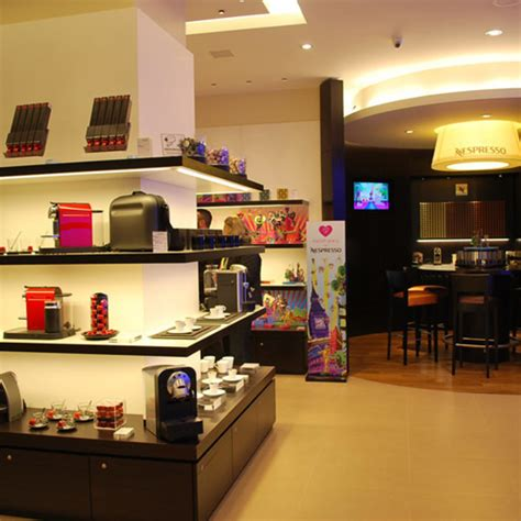 libreria carosello carugate nespresso approda al centro commerciale carosello