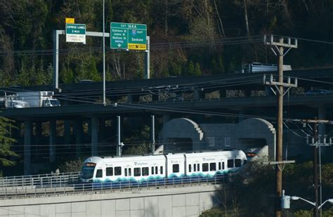 why seattle area s light rail system halted jan 20 for
