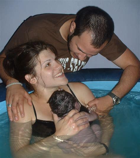 Best Baby Bathtub Newborn Suda Doğum Nedir Suda Doğum Yapmanın Faydaları Zararları