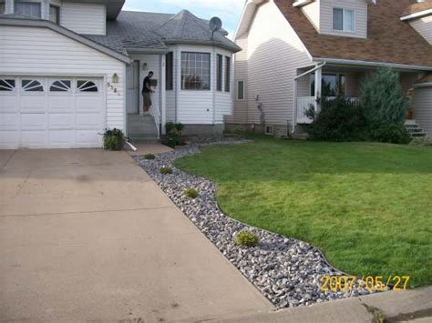 Driveway Landscaping Ideas Driveway Landscaping Photo