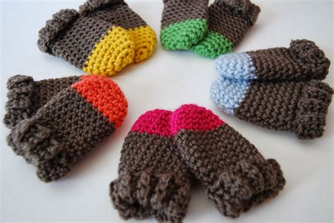 pattern crochet mittens tangled happy two tone baby mittens crochet pattern baby