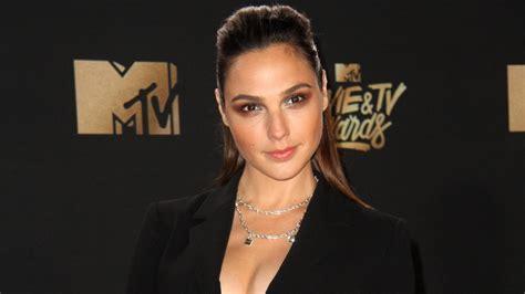 wonder woman actor name 2017 gal gadot torturous wonder woman prep paid off wjla