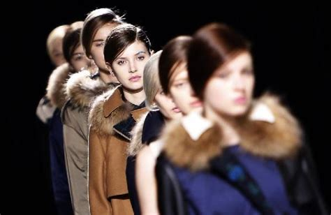 Italy Fashion Industry To Fight Anorexia by Bans Models In Anorexia Cldown