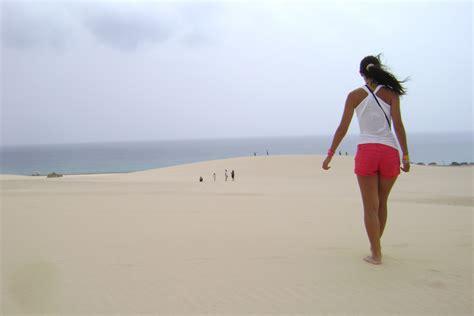 fuerteventura turisti per caso la duna de fuerteventura viaggi vacanze e turismo