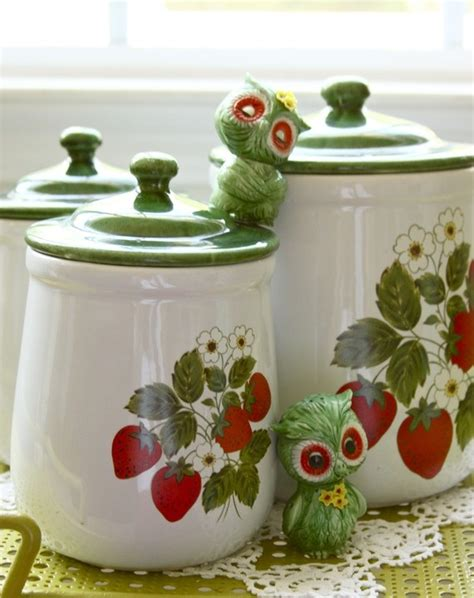 cute kitchen canister sets 274 best images about kitchen canisters bread boxes cake
