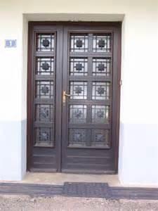porte entree bois vitree photo porte d entr 233 e 2 vantaux vitr 233 e et bois 1300x 2150