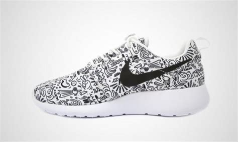 black and white pattern nikes nike roshe run wmns print sole collector