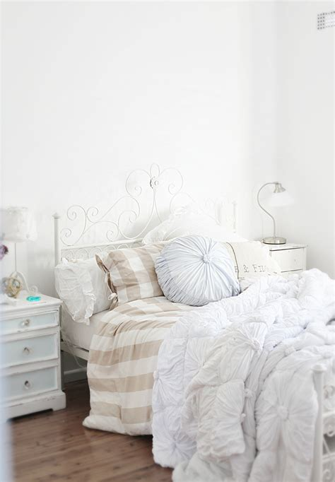 coastal style bedroom layering with white ikea