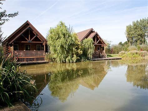 Hoseasons Cottages by Hoseasons Cottages Waterside Lodges Kingfisher Lodge