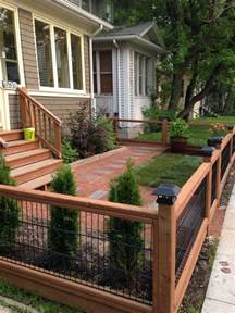 Fence Ideas For Small Backyard 25 Best Ideas About Front Yard Fence On Front Yard Fence Ideas Yard Fencing And